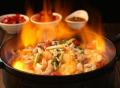 魔火厨炭火干锅加盟条件复杂吗?