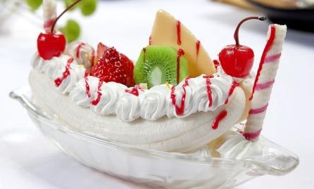 开e号冰站冰淇淋实体店费用高不高?_2