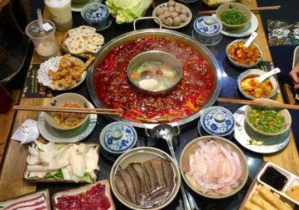 2019开一家大龙燚火锅店一般需要多少钱_2