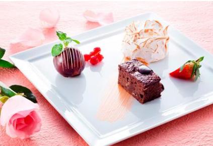 2019开甜品店如何 雪葩甜品加盟需要多少钱_2