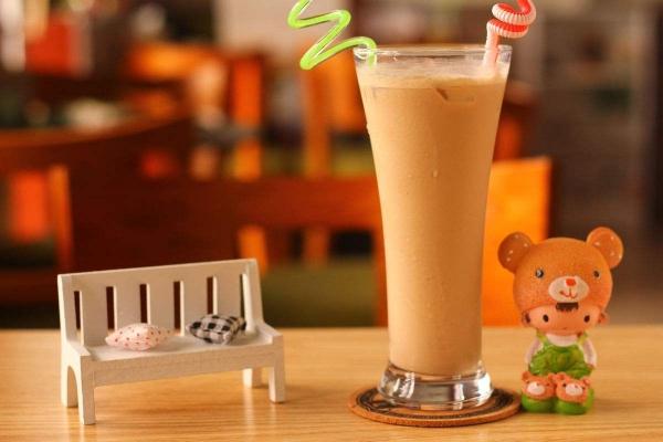 什么牌子的奶茶加盟店赚钱