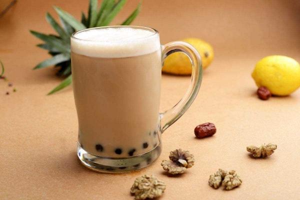 开品牌奶茶加盟店利润大吗