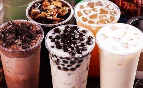 为什么奶茶店加盟报价不一样