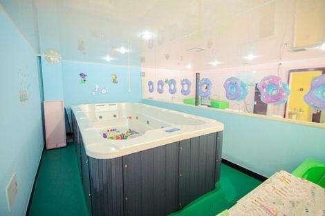 婴儿洗澡游泳馆加盟哪家好_3