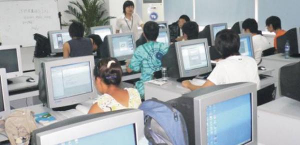 去投资IT教育行业有哪些方面优势?_2