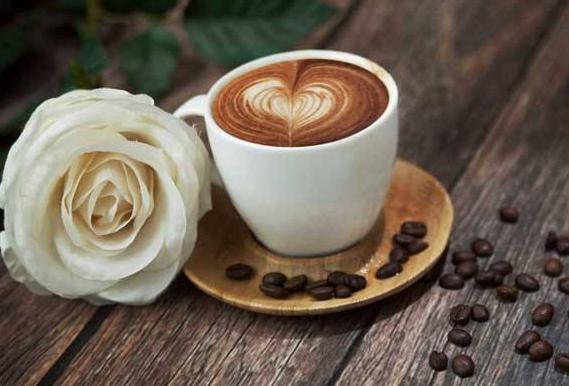 小型咖啡屋加盟 有格调的创业商机_1