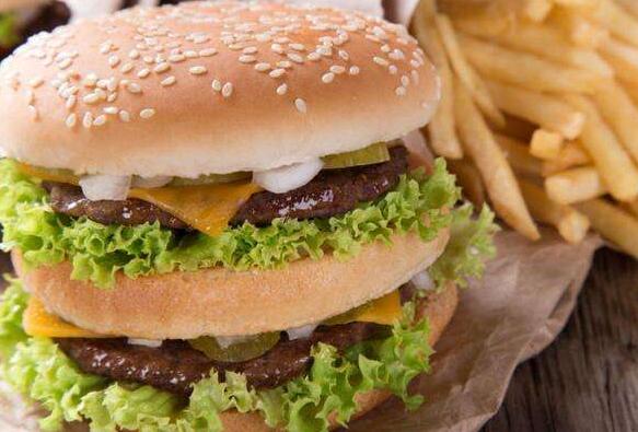 麦加美汉堡怎么样?可以将店面开到镇区去吗_1
