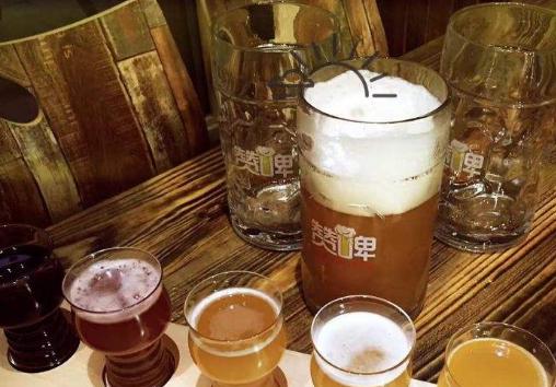 赞啤加盟收益怎么样 开一家赞啤精酿鲜啤加盟店好不好_1