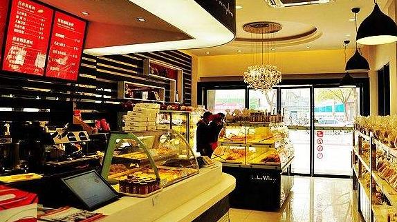 如何布置蛋糕加盟店,让消费者感觉温馨有购买欲望。_2