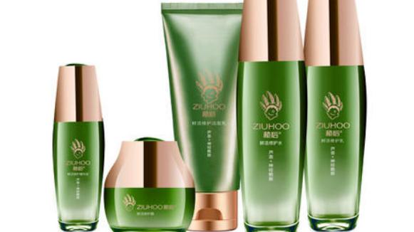 有哪些因素会影响化妆品加盟店的经营?_1