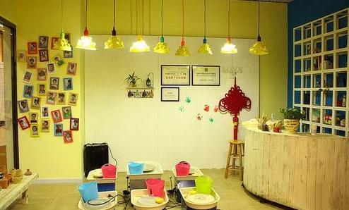幼儿创意画机构选择哪家好 哎咔儿童创意美术怎么样_1