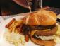 加盟拉亞漢堡賺錢嗎,開拉亞漢堡店掙錢嗎?