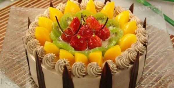 新开的蛋糕加盟店如何做好顾客关系维护_2