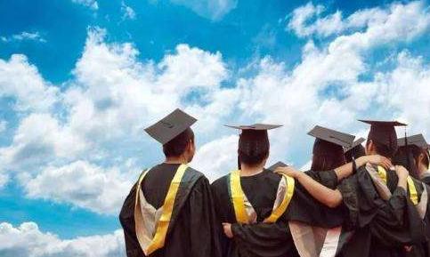 成人教育加盟行情前景人如何?_2