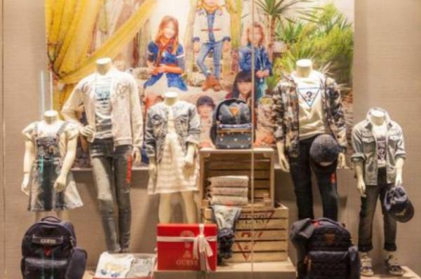 加盟服装店要多少钱 代理哪个品牌缔造财富新篇章_1