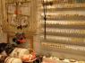 影响女性饰品店生意的三个因素
