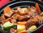 选择魏小宝红焖鸡米饭加盟怎么样?