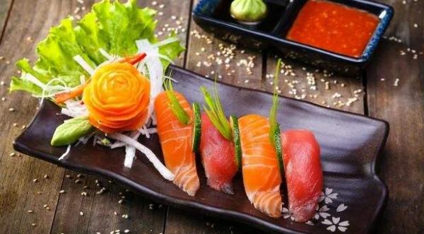 寿司加盟怎样做才能赚钱呢?_4
