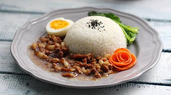 锅先森台湾卤肉饭给创业者带来了良好的发展_3