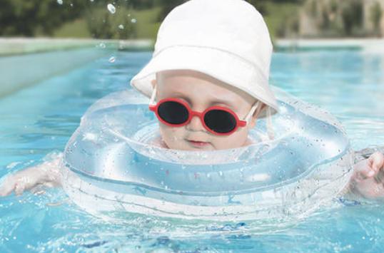 婴儿游泳馆加盟如何避免失败?婴乐士为您支招!_2