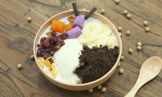 加盟多米诺豆花甜品站,这是原生态的健康甜品_1