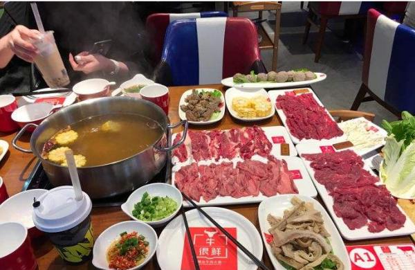 加盟牛很鲜牛肉火锅怎么样 牛很鲜潮汕牛肉火锅可以加盟吗_1