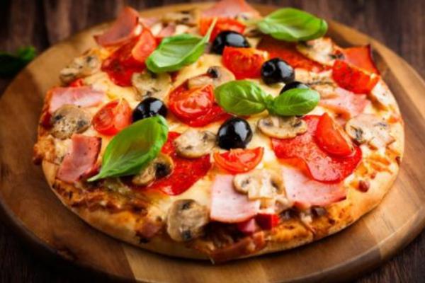 披萨里的加盟怎么样?加盟生意是如此的开放!_1
