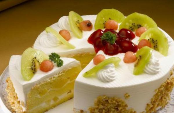 """心岸蛋糕房的加盟多少钱?数以万计的""""昂贵""""甜点_2"""
