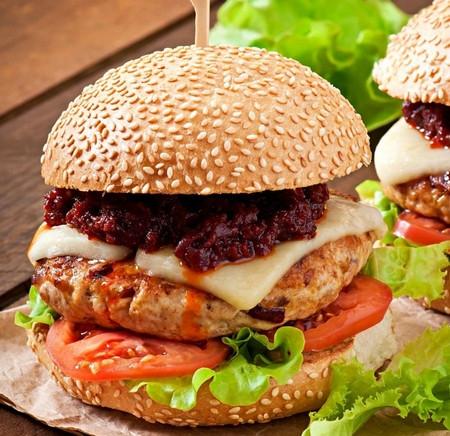 自己开汉堡店不加盟失败几率高达90% !