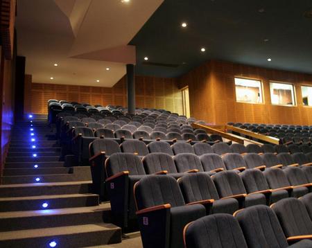 电影院加盟为什么要选择暴风私人影院?