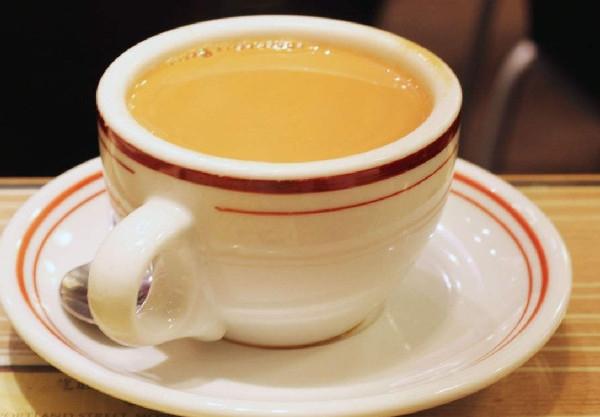 开奶茶店一天能赚多少?