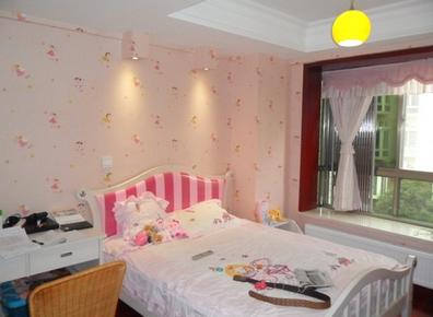 背景墙 房间 家居 起居室 设计 卧室 卧室装修 现代 装修 396_290