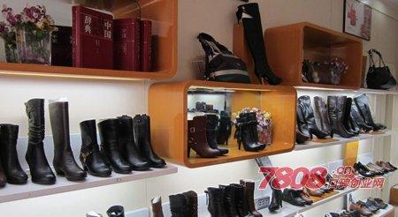红蜻蜓女鞋专卖店加盟多少钱