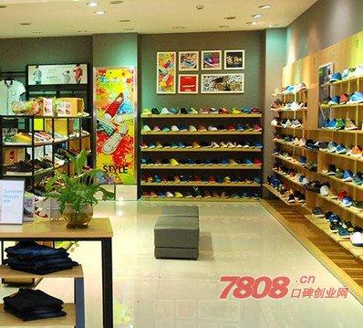 八哥运动鞋官网加盟电话是多少?